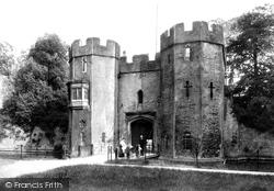 Wells, Bishop's Palace Drawbridge 1906