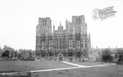 Wells, Cathedral 1961