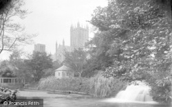 Wells, Cathedral And Moat c.1920