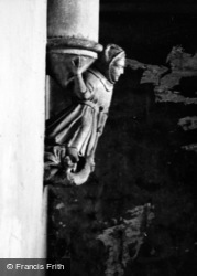 Wells, Cathedral, Carving 1951