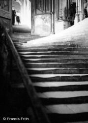 Wells, Cathedral, Chapter House Stairs 1951