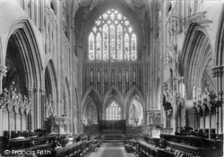 Wells, Cathedral, Choir East 1923