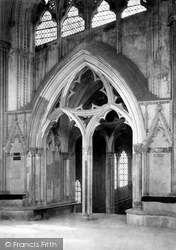 Wells, Cathedral, Door Of The Chapter House 1890