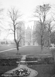 Wells, Cathedral From The Swan Hotel c.1910