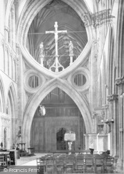 Wells, Cathedral, Nave East c.1900