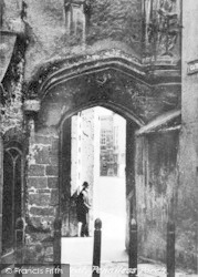 Wells, Cathedral, Penniless Porch c.1900