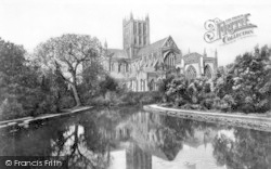 Wells, Cathedral, The Reflections c.1910