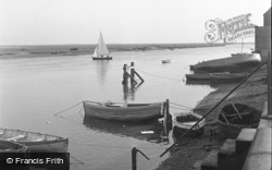 Wells-Next-The-Sea, East End 1950