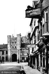 Wells, Temperance Hotel 1890
