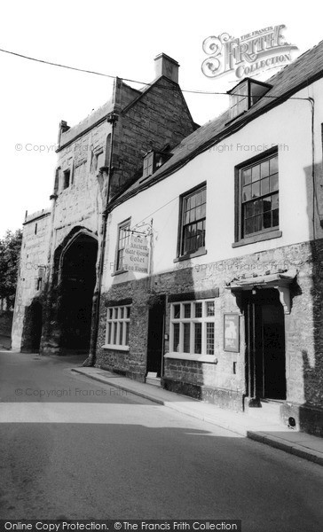 Photo of Wells, The Ancient Gatehouse 1963