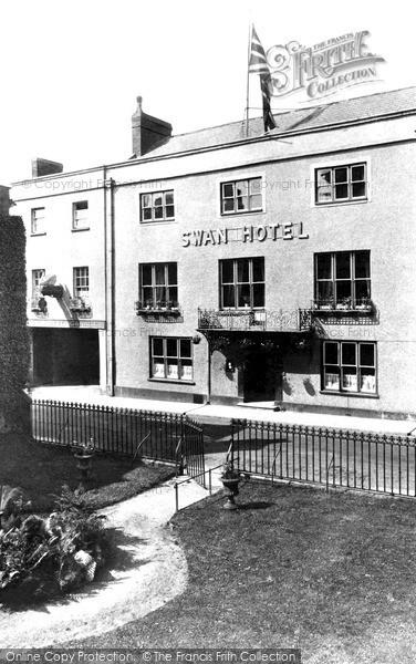 Photo of Wells, The Swan Hotel c.1920