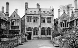 Wells, Vicars' Close c.1950