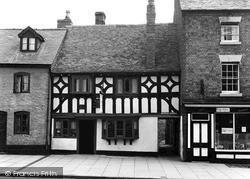 Welshpool, The Mermaid Inn c.1955