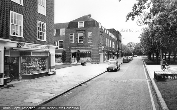 Photo of Welwyn Garden City, Howardsgate 1967, ref. W294111
