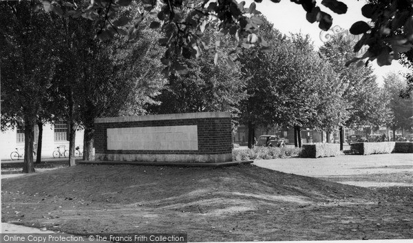 Photo Of Welwyn Garden City Monument To Ebenezer Howard Founder Of City C 1955
