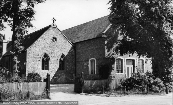 Photo of Welwyn Garden City, Parish Church Of St Mary Magdalene c.1955