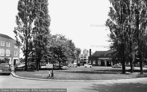 Photo of Welwyn Garden City, Station Approach c1955, ref. W294045
