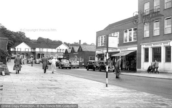 Photo of Welwyn Garden City, Stone Hills 1958, ref. W294055