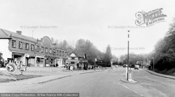 Photo of Welwyn, Great North Road, Oakland 1955, ref. W293017