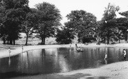 Wembley, Park, Barn Hill Pond c1960