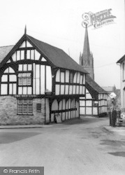Weobley, The Red Lion c.1950