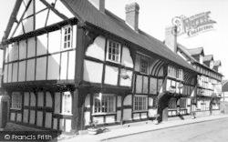 Weobley, The Unicorn Inn  c.1955