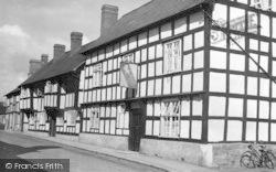 Weobley, Ye Olde Unicorn c.1955
