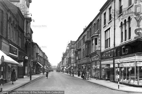 Photo of West Hartlepool, Lynn Street c1955, ref. w66002