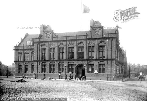 Photo of West Hartlepool, Municipal Buildings 1901
