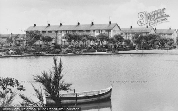 Photo of West Hartlepool, Rossmere Park Lake c.1960
