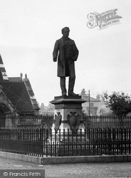 West Hartlepool, Statue Of Ralph Ward Jackson By Christ Church 1899