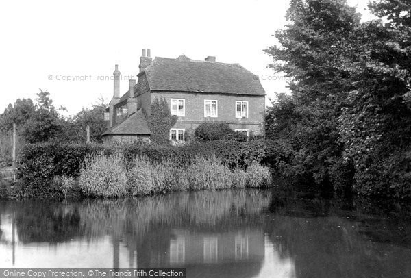 West Horsley, Old Workhouse and Pond 1904