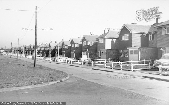 Photo of West Knighton, Asquith Boulevard c.1960