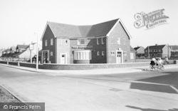The Aberdale Inn c.1960, West Knighton