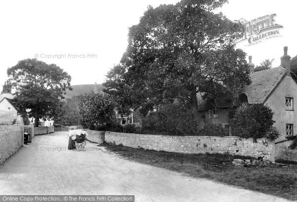 West Lulworth, Cove Cottages 1904