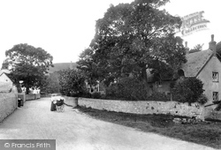 Cove Cottages 1904, West Lulworth
