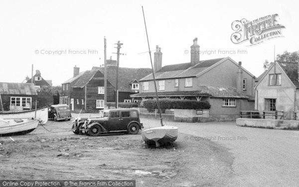 West Mersea © Copyright The Francis Frith Collection 2005. http://www.frithphotos.com
