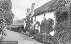 Old Cottages 1929, West Porlock