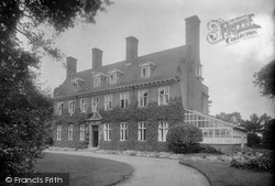 1925, West Runton
