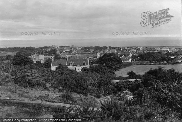 Photo of West Runton, General View 1921
