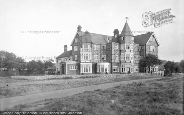 Photo of West Runton, Links Hotel 1933