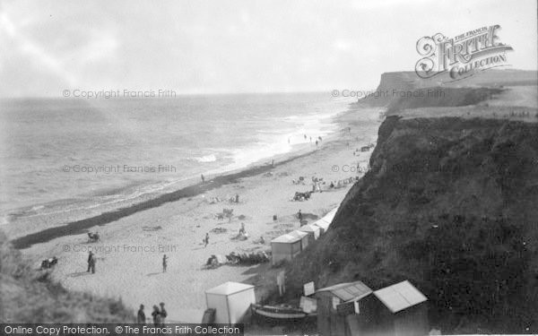 Photo of West Runton, The Beach 1933