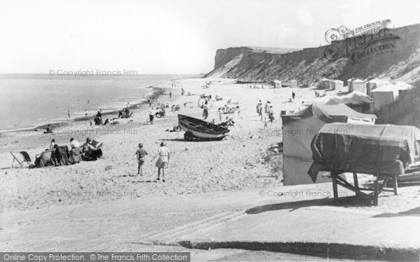 Photo of West Runton, The Beach c.1950