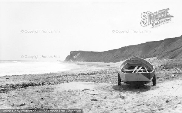 Photo of West Runton, The Beach c.1960