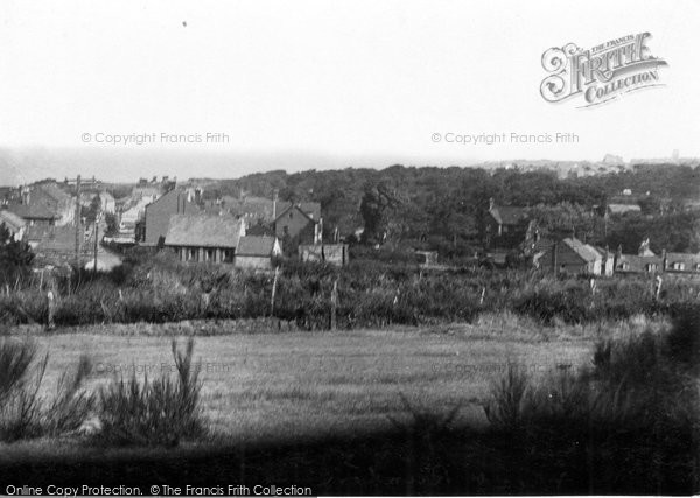 Photo of West Runton, The Village 1933