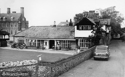 The Village Inn c.1955, West Runton
