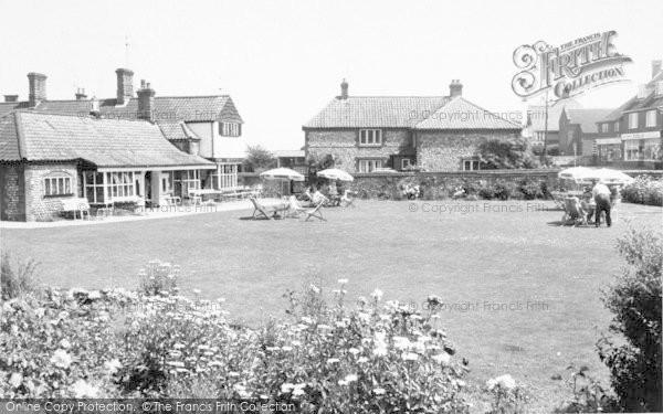 Photo of West Runton, The Village Inn c.1965