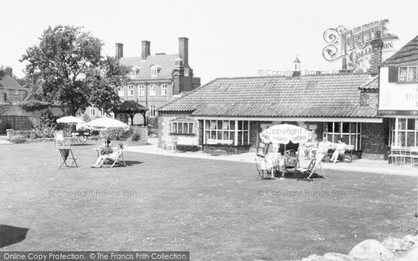 Photo of West Runton, The Village Inn c.1965
