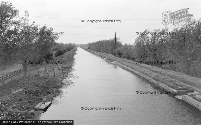 Photo of West Stockwith, The Canal 1964