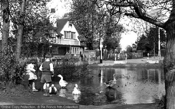 Photo of West Wickham, The White Hart And Pond c.1955